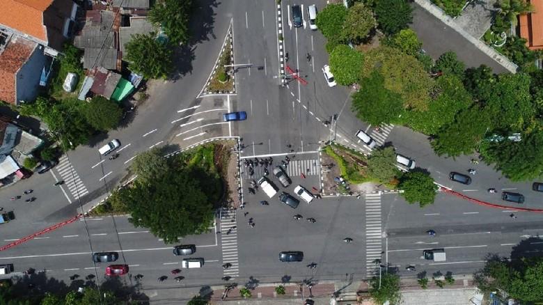Atasi Kepadatan, Simpang Tiga Karangmenjangan Direkayasa