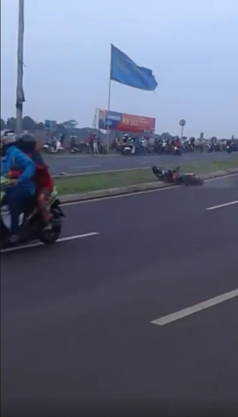 Xabre Tumbang karena Menikung ala Rossi. Foto: Istimewa