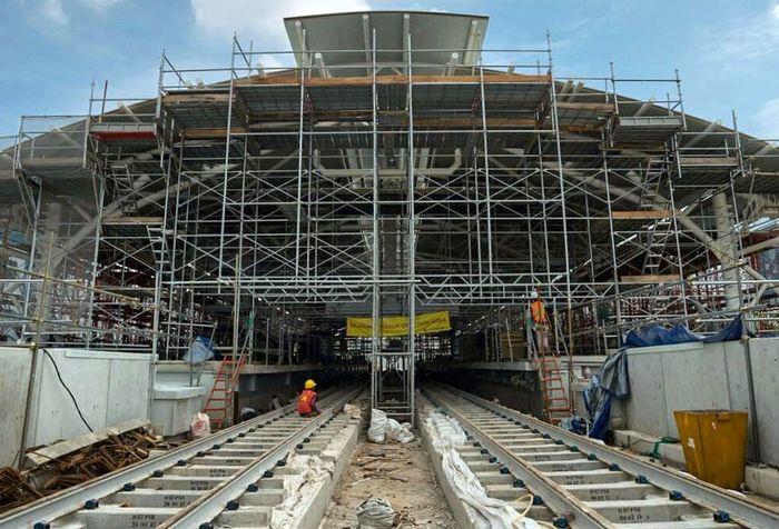 Stasiun Sisingamangaraja saat ini telah mencapai progres konstruksi 84,79%. Sebelum masuk ke area bawah tanah, stasiun ini terintegrasi dalam kompleks Gedung Sekretariat ASEAN, gedung yang juga akan menjadi landmark dari area stasiun. Istimewa/Instagram MRT Jakarta.