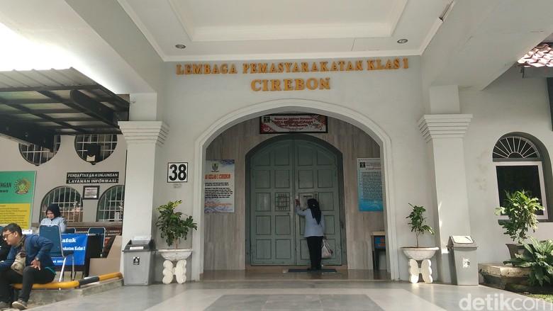Cerita Napi Ngamuk dan Wartel Mahal di Lapas Cirebon