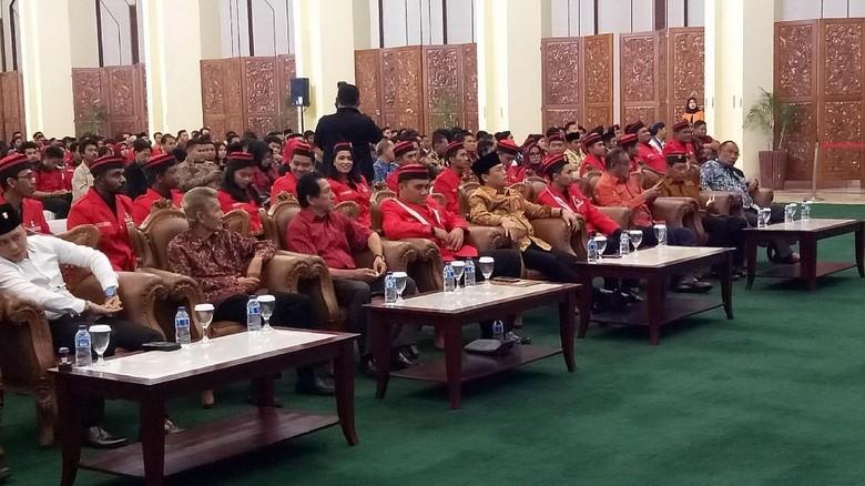 Sosialisasi Empat Pilar, Basarah Ungkit Cap PKI ke Bung Karno