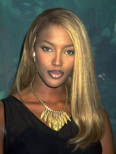 Naomi Campbell di era 1990-an.