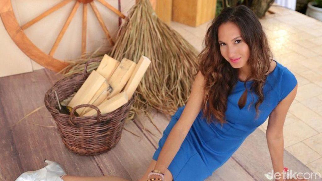 Heboh Video Angkat Terumbu Karang, Apa Kata Nadine Chandrawinata?