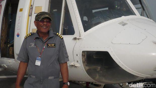 Maryono saat menjadi pilot helikopter dokumentasi MotoGP Qatar tahun 2012 lalu