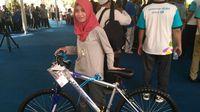 Menteri PUPR Bagi-bagi Sepeda