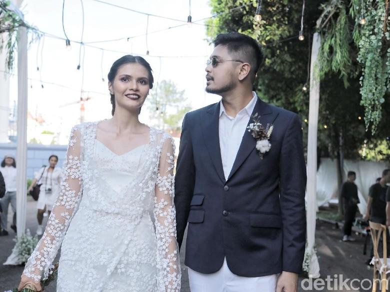 Petra Sihombing resmi menikahi Firrina. Foto: Hanif Hawari