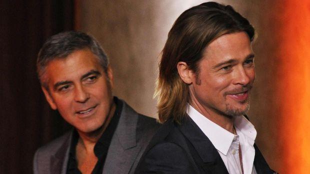 George Clooney dan Brad Pitt telah lama diketahui bersahabat akrab.