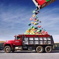 Keren! Digital Artist Ini Gabungkan Foto Makanan dengan Berbagai Objek