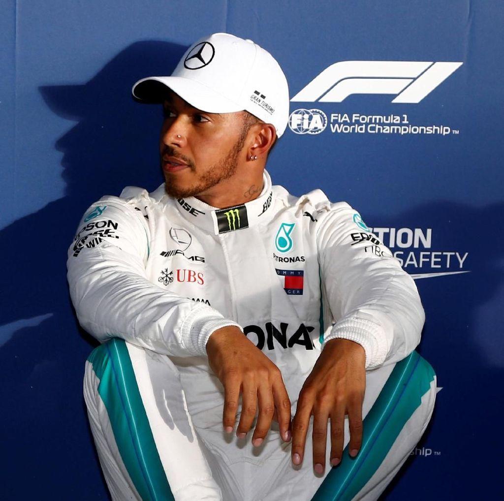 Hamilton Sebut Mobilnya Masih di Bawah Level yang Semestinya