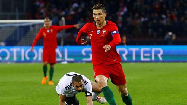 Cristiano Ronaldo sudah memperkuat timnas Portugal sejak Piala Dunia 2006.