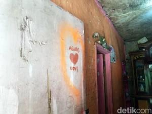 Lukisan Hati di Pintu, Saksi Kisah Ayah-Anak yang Tewas Tragis