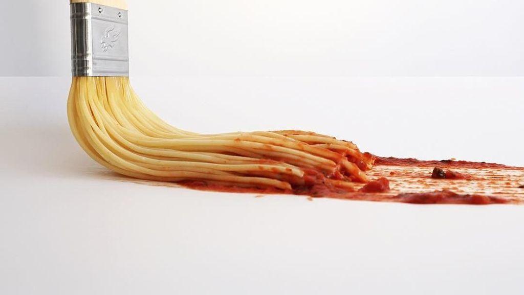 12 Hasil Foto Ilusi Optik Makanan dan Benda yang Keren!