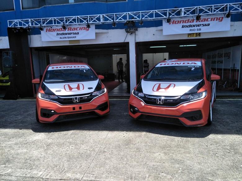 Honda punya Jazz baru untuk balapan. Foto: Ruly Kurniawan