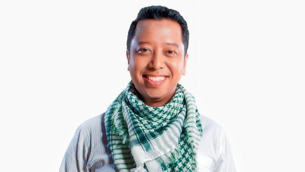 Nyanyikan Deen Assalam, Rommy Kampanyekan Islam yang Damai