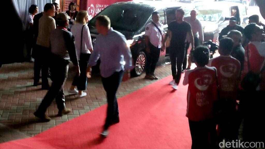 Tiba di Jakarta, Beckham Disambut Histeris Para Fans