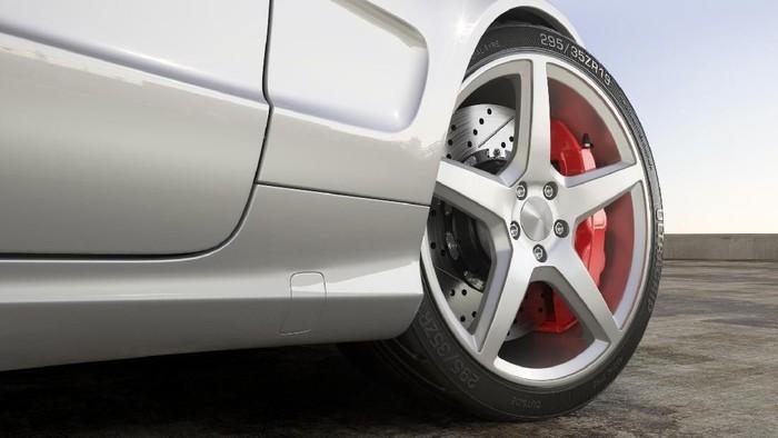 Wheel sports car close-up outdoor 3d