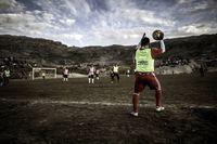 Menonton pertandingan sepakbola di utara Bumi (Visit Greenland)