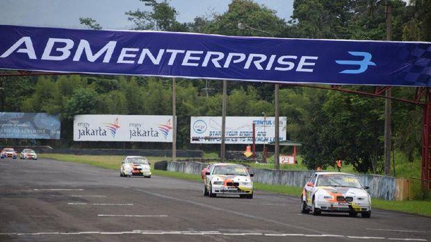 ABM Racing Team Raih 18 Piala di Seri Perdana ISSOM