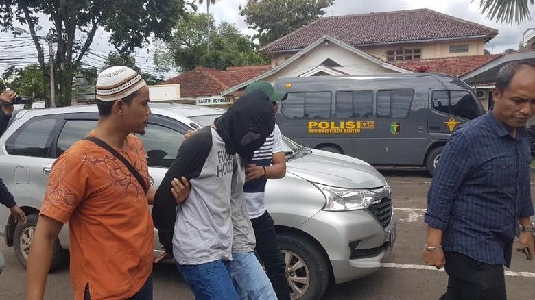 Habisi Nyawa Pelajar Bogor, Siapakah Geng All Base 55?