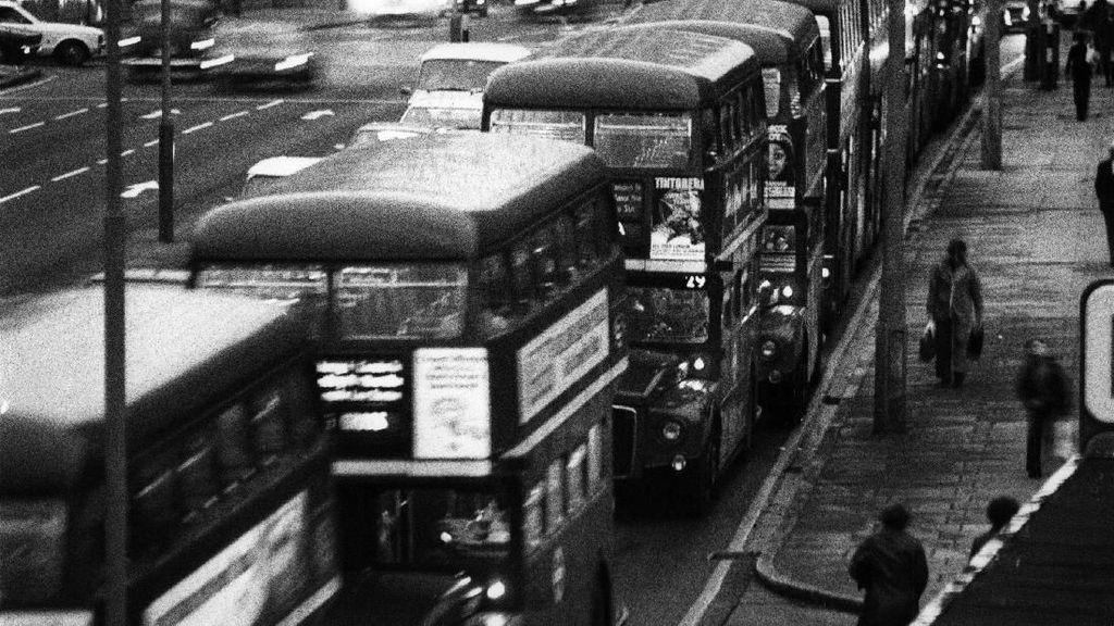 Nostalgia dengan Angkutan Jadul di Hari Angkutan Nasional