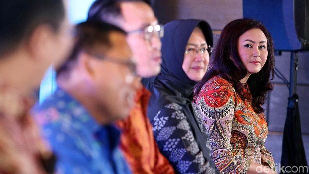 Gara-gara Vivo V9, Candi Borobudur Bikin Netizen Penasaran
