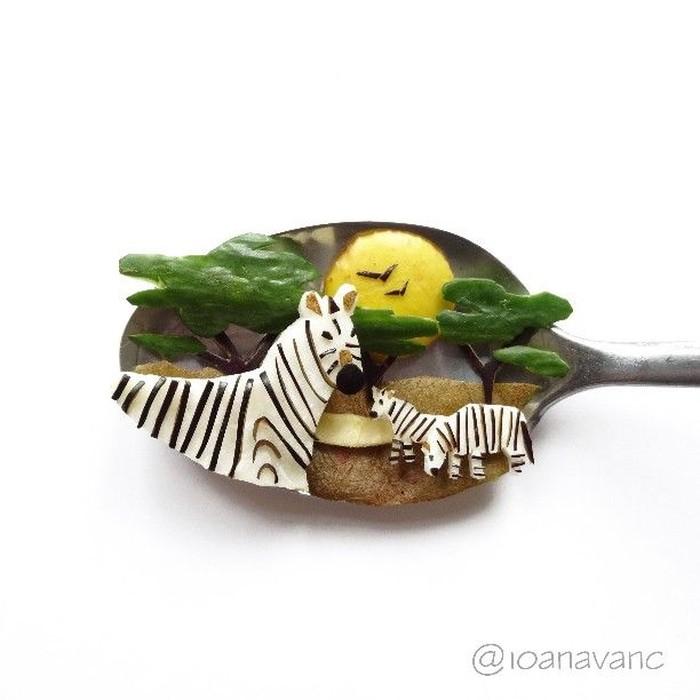 Ioana Vanc rupanya senang menggunakan makanan sebagai bahan pembuatan karya seninya. Foto: Instagram @ioanavanc