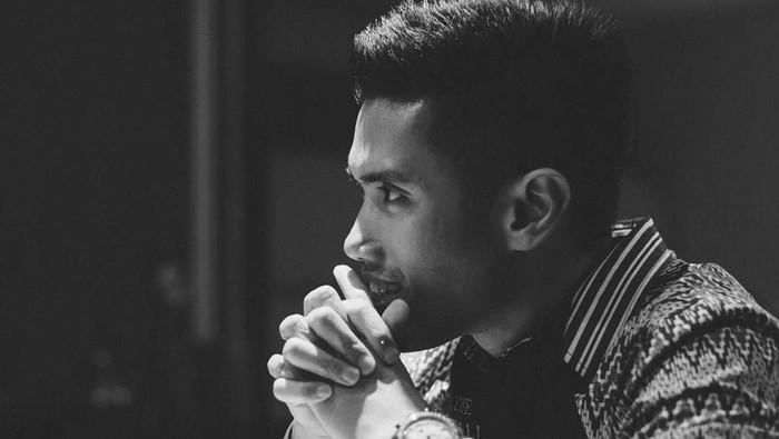 Maulana Indraguna Sutowo, suami Dian Sastrowardoyo. (Instagram Dian Sastro)