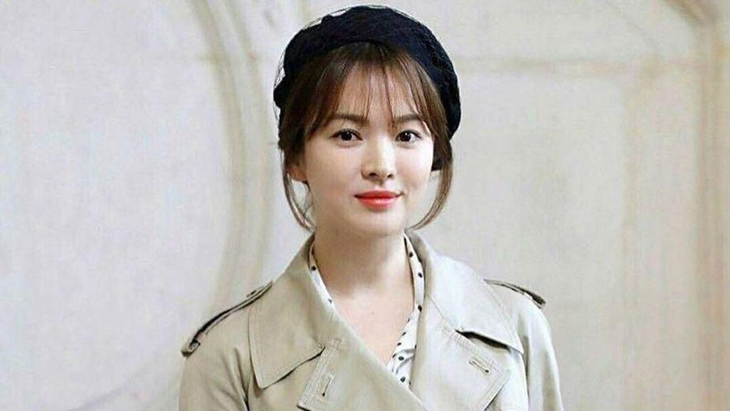 Potong Rambut Super Pendek, Penampilan Baru Song Hye Kyo Banjir Pujian