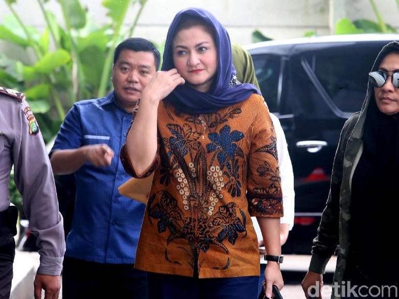 Deisti: HP Novanto Mati Saat Dicari KPK di Rumah