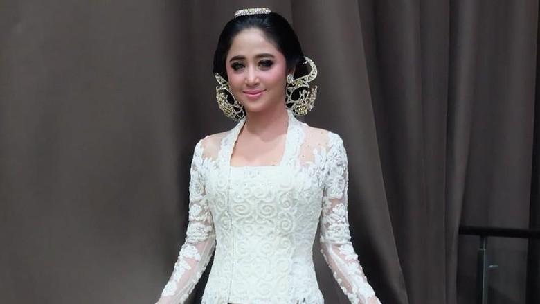 Dewi Persik: Hubungan dengan Nicky Tirta Dulu Hanya Setting-an!