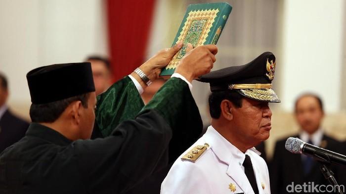Isdianto dilantik menjadi Wakil Gubernur Kepulauan Riau sisa masa jabatan 2016-2021. Pelantikan dilakukan oleh Presiden Jokowi di Istana Negara, Jakarta, Selasa (27/3/2018).