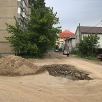 Penampakan jalan berlubang di M. Gornaya, Rusia