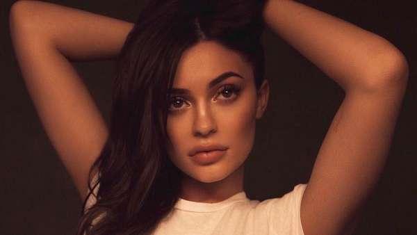 2 Bulan Jadi Ibu, Kylie Jenner Rindu Tubuh Seksinya