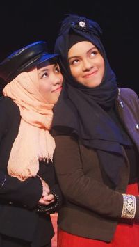 Foto 14 Gaya Hijab Unik Khas Keluarga Gen Halilintar