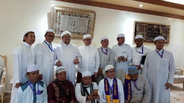 Cerita Sudirman Said Pertama Kali Bertemu Habib Rizieq di Mekah
