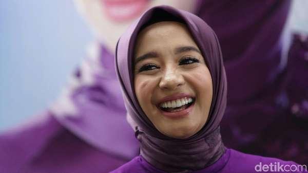 Makin Happy, Laudya Cynthia Bella Tambah Cantik