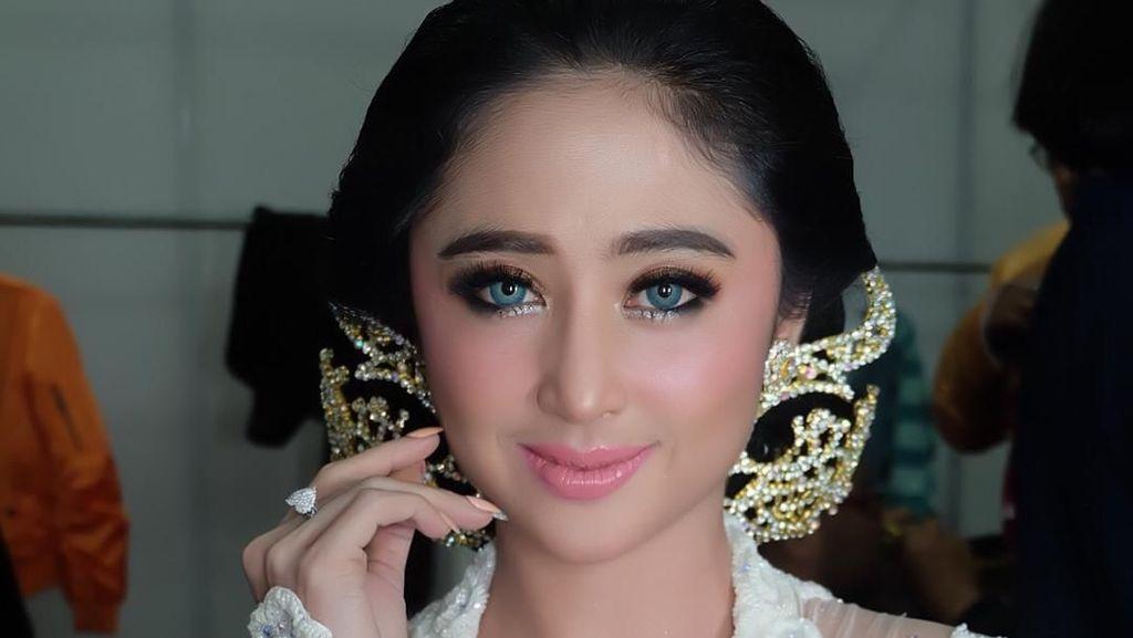 Dewi Persik Dituding Bohong soal Gaji Asisten Rp 9 Juta Sebulan