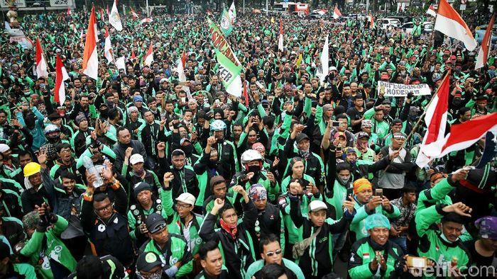 Ilustrasi Pengemudi Ojek Online/Foto: Agung Pambudhy