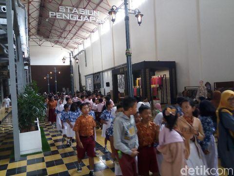Pura Mangkunegaran Melawan, Jokowi Tetap Resmikan De Tjolomadoe?