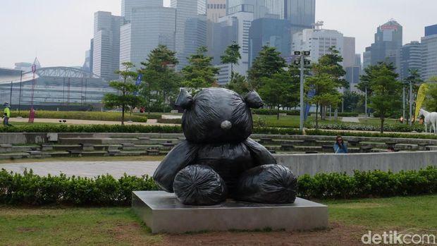 'Pumpkin' Yayoi Kusama hingga Bongkahan Emas di Harbour Arts Sculpture Park