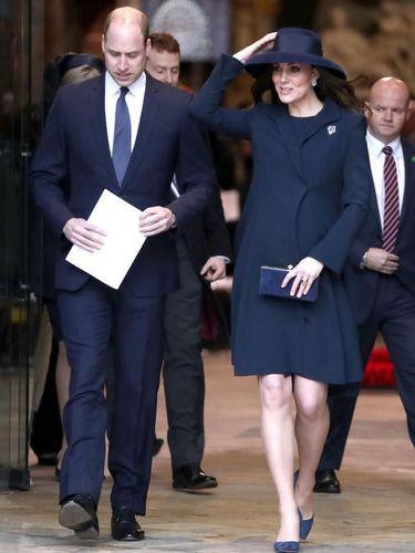 Pangeran William dan Kate Middleton yang tengah mengandung Pangeran Louis. (Foto: Getty Images)