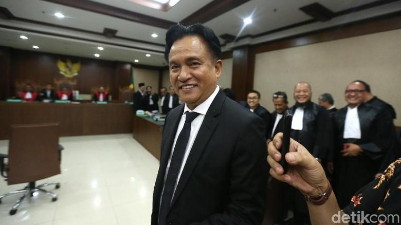 Anggap Prabowo dan Jokowi Belum Tentu Nyapres, Yusril Bingung