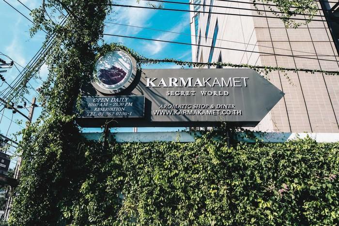 Terletak di Sukhumvit Rd, pusat kota Bangkok, Thailand. Karmakamet Secret World seakan mengajak Anda ke sisi tenang dan nyaman dari kota Bangkok. Foto: Darrenbloggie