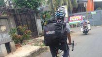 Berbagi Jalan dengan Kendaraan Bermotor, Ini Harapan Para Kurir Sepeda