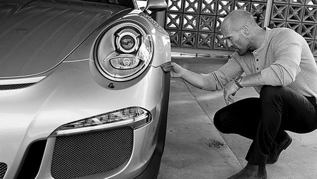 Gaya Mobil Motor Jason Statham