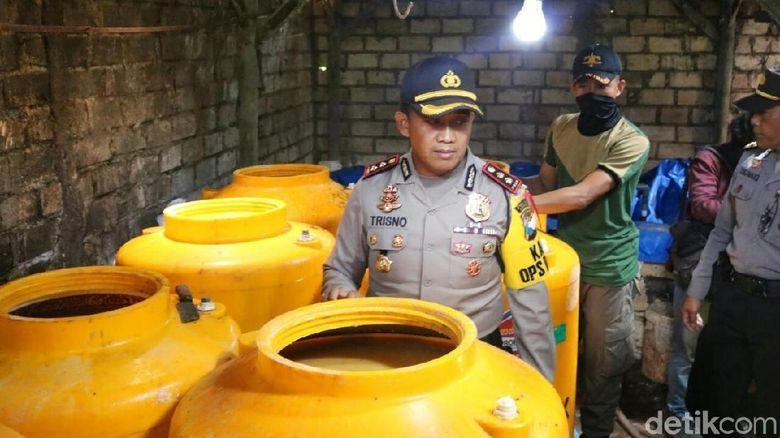 Home Industry Arak di Tuban Digerebek, Pemilik Usaha Diamankan