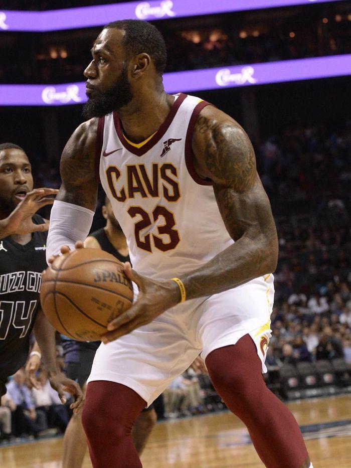 LeBron James pede raih MVP musim reguler NBA 2018 (Sam Sharpe-USA TODAY Sports)