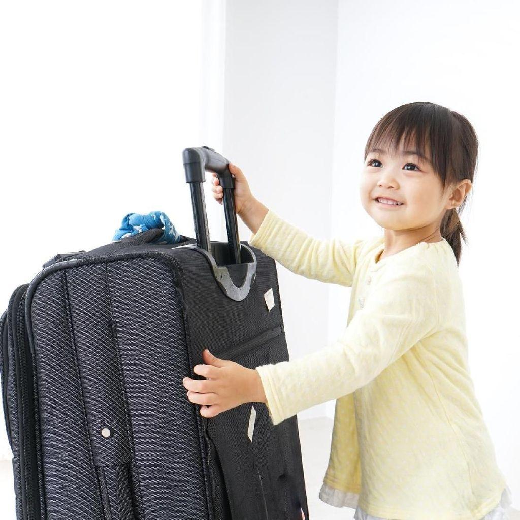 Seorang Ibu pun Bisa Belajar Banyak Hal Saat Ajak Anak Traveling