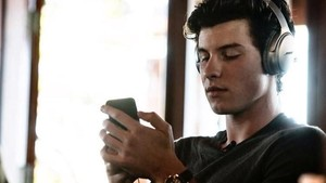 Shawn Mendes Janji akan Kolaborasi Bareng BTS