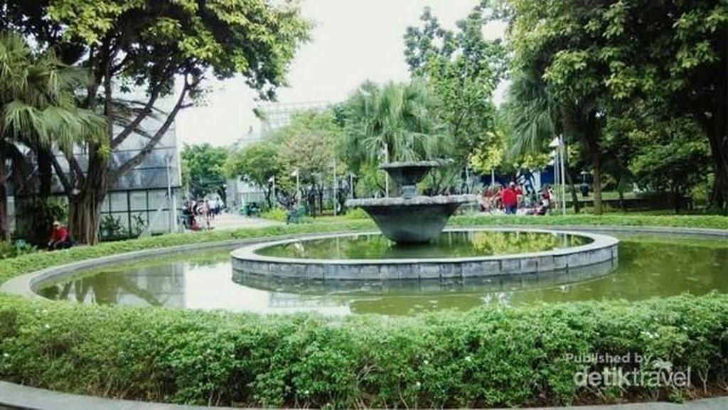 Keliling Taman Kota di Jakarta, Ini Rekomendasinya